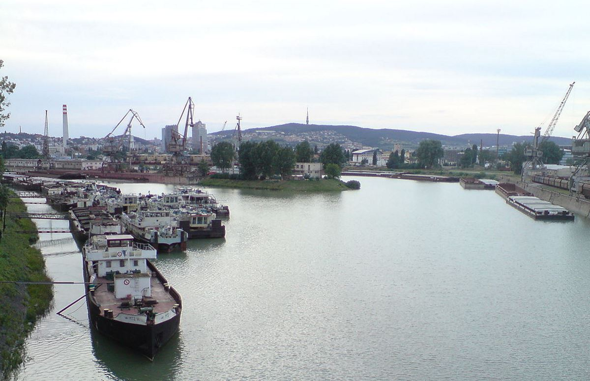 Slovakia port