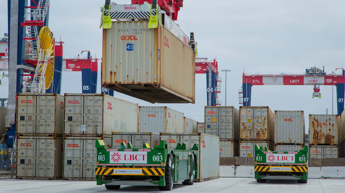 U.S. port containers